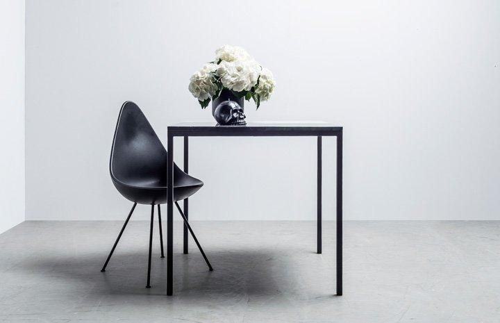 Nowoczesny stół z blatem marmurowym do jadalni - Stół Margaret od Hoom
