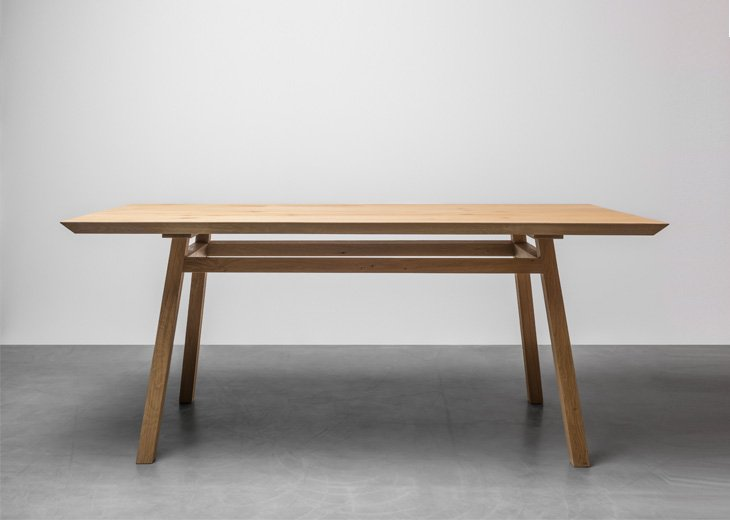 Scandinavian style dining table made from oak wood - George table by Hoom