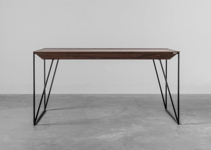Design table made from American Walnut - made by Hoom