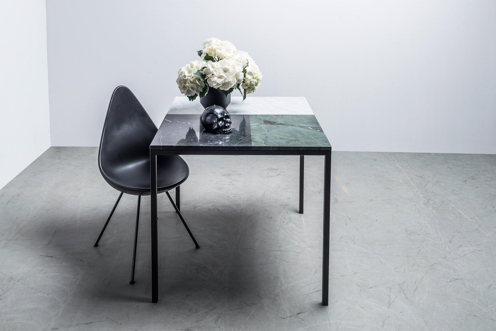 Stół z marmurowym blatem do jadalni - Stół Margaret od Hoom