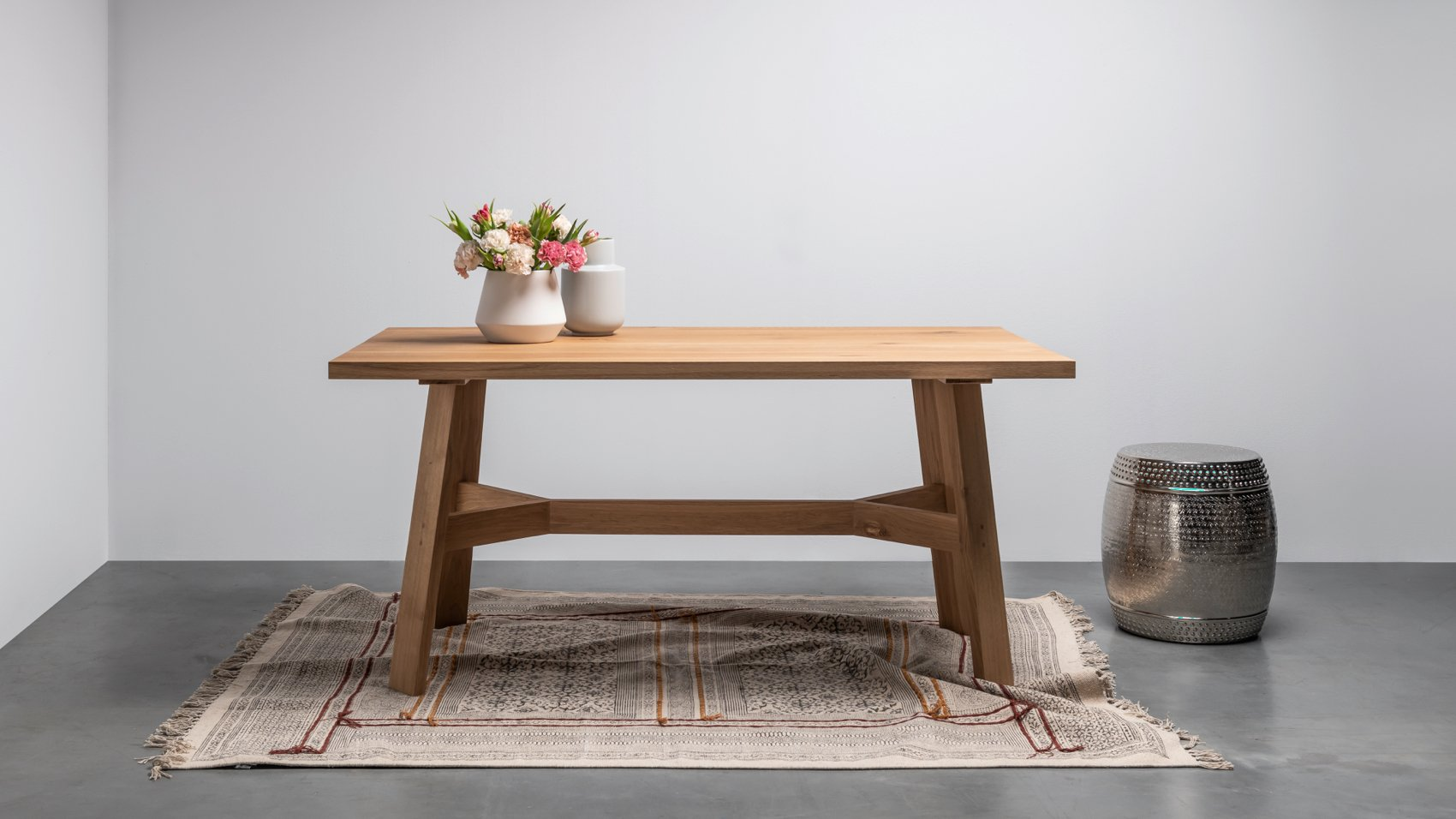 Dębowy stół do kuchni od Hoom