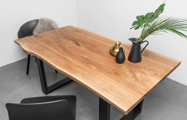 Dębowy stół do jadalni z oflisem Stol Pablo od Hoom