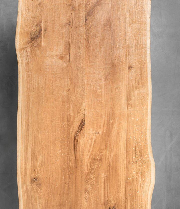 Stół z litego drewna dębowego z naturalnymi krawędziami