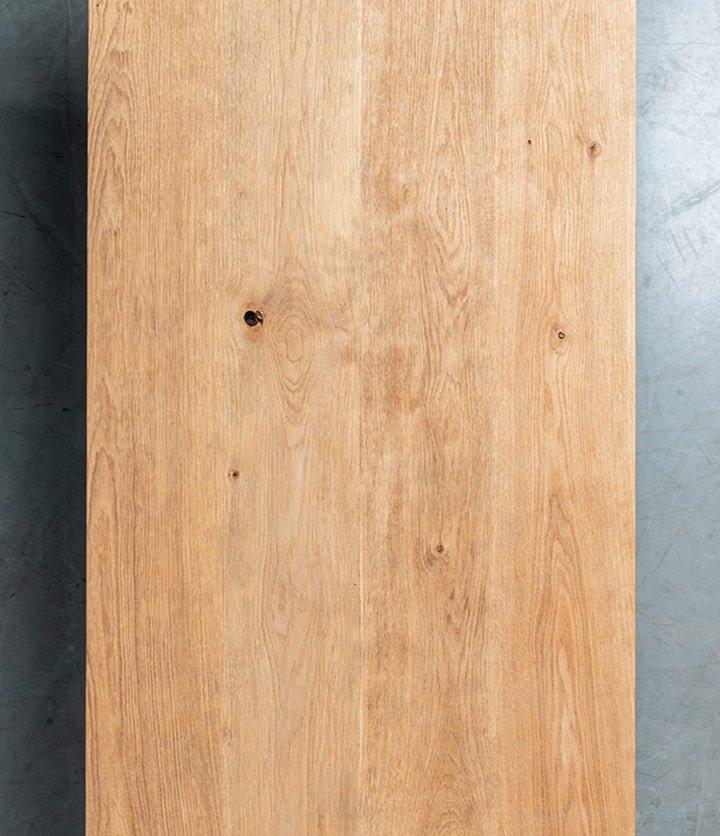 Debowy stol z postarzanym blatem na stalowej podstawie-kopia