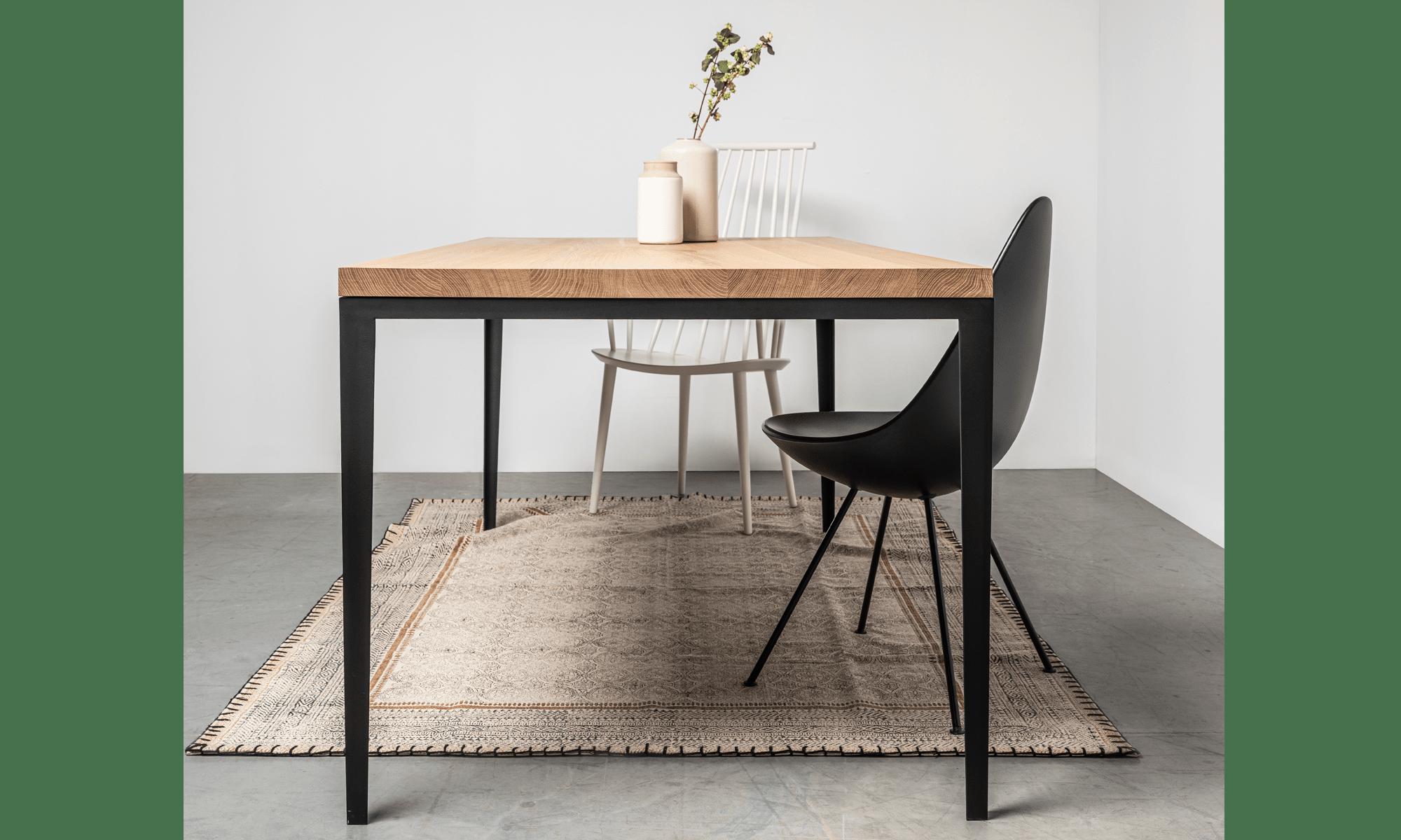 stol debowy na stalowej podstawie od hoom