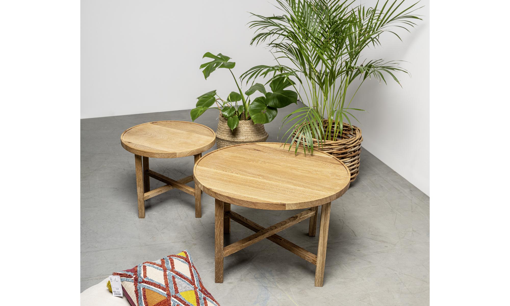 okragle stoliki kawowe z litego drewna